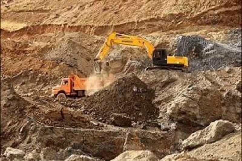 وزارت صنعت مکلف به مزایده معادن شد
